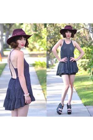 crimson hat asos hat - dress En Creme dress - wedges Charlotte Russe wedges