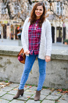 off white Primark sweater - light brown Shana boots - teal pull&bear jeans