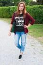 Blue-new-look-jeans-brick-red-stradivarius-sweater-dark-green-clockhouse-bag