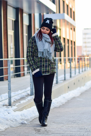 dark green OASAP coat - black CCC boots - black Primark hat