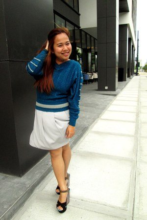 blue vintage sweater - heather gray skirt - black Soledesire wedges