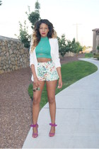 white fitted Forever 21 blazer - white floral Forever 21 shorts