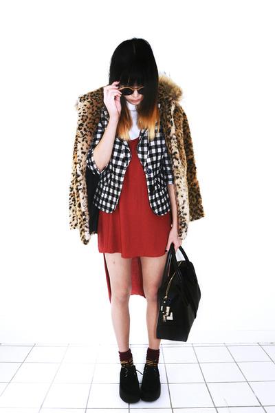 black Choies bag - red tank Timeless dress