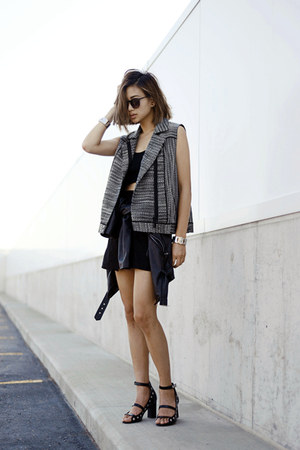 charcoal gray Addison NY vest