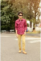 light orange jeans - maroon shirt
