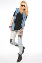 blue Nasty Gal vest - black Nasty Gal t-shirt - blue Nasty Gal jeans