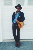 jean shirt shirt - leather chukkas florsheim boots - Pendleton hat