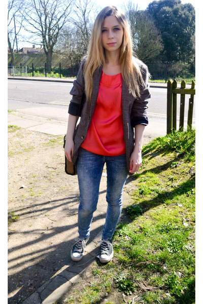 River Island jeans - bf blazer - River Island blouse - Converse sneakers