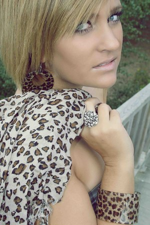 ARFO BALDIR scarf - ARFO BALDIR earrings - ARFO BALDIR bracelet - ARFO BALDIR ri