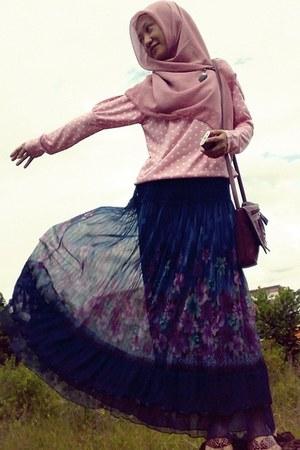 Blue floral skirt - pink scarf - pink polka blouse