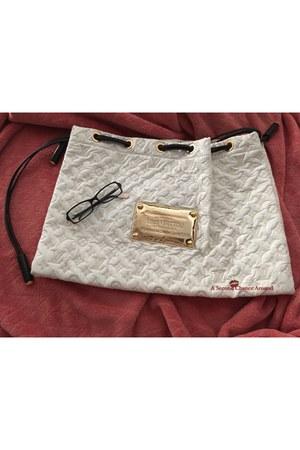 ivory clutch Louis Vuitton purse
