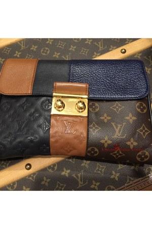 black clutch leather Louis Vuitton purse