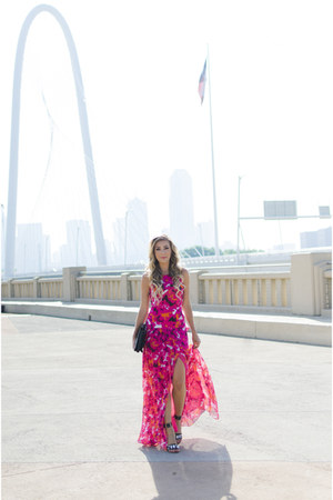 black oversized bag - hot pink maxi dress dvf dress