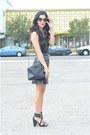 Black-chanel-bag-black-moschino-belt-black-leather-vintage-skirt