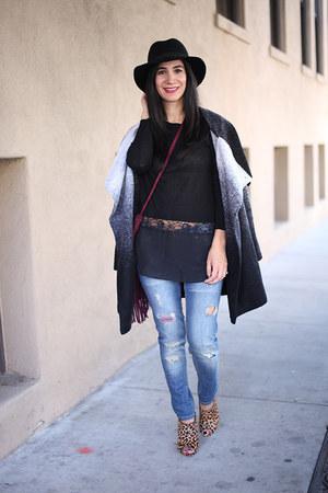 black BB Dakota coat - black lulus sweater - magenta Lulus bag