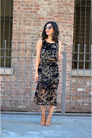 black Flynn Skye dress - zeroUV sunglasses - camel Dolce Vita heels