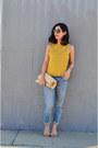 Blue-vintage-jeans-beige-vintage-bag-nude-zara-heels-gold-vintage-blouse