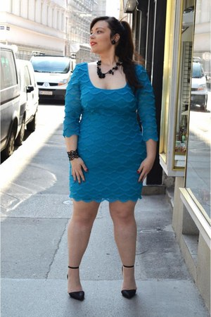 turquoise blue siena studio dress