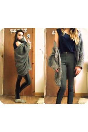 gray H&M leggings - navy American Apparel t-shirt - heather gray knitted Topshop