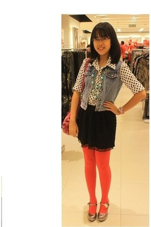 Mark and Spencers heels - Nicole blouse
