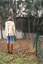 H&M boots - BLANCO jeans - Bershka ring - H&M jumper