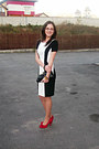 Black-and-white-orsay-dress-black-purse-red-leat-pumps