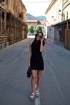 black H&M dress - black vintage bag - black meli melo sunglasses