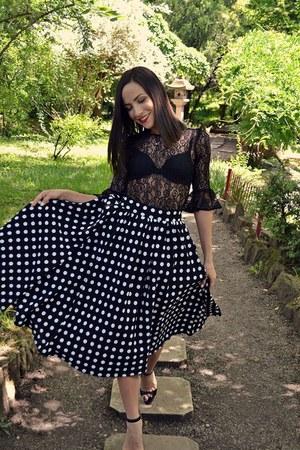 black skirt - black blouse