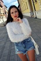 white vintage pumps - off white Zara bag - sky blue Sheinside shorts