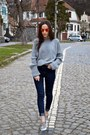 Zara-jeans-carrot-orange-ray-ban-sunglasses-heather-gray-timberland-blouse