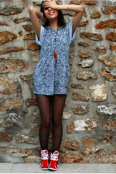 American Apparel dress - Reebok shoes