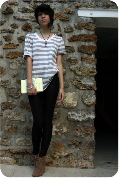Zara shoes - The Kooples shirt - American Apparel leggings - H&M hat - Satellite