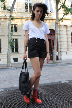 The Kooples shorts - Zara shirt - Dr Martens boots - Addicted purse - H&amp;M socks