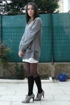 Zara sweater - Petit Bateau dress - H&M socks - Minelli shoes