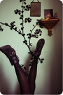 Silver-mona-the-vampire-shirt-new-look-skirt-topshop-boots
