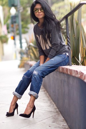 charcoal gray blouse - black heels