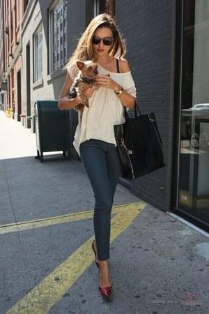 navy jeans - cream shirt - black bag