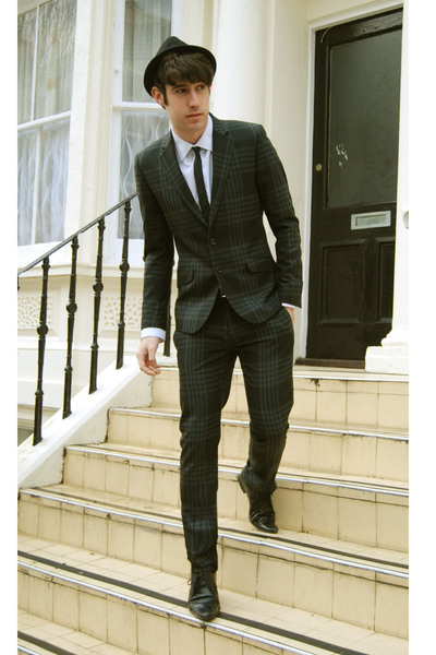 H&M suit - Topshop shoes - Urban Outfitters hat - Prada shirt