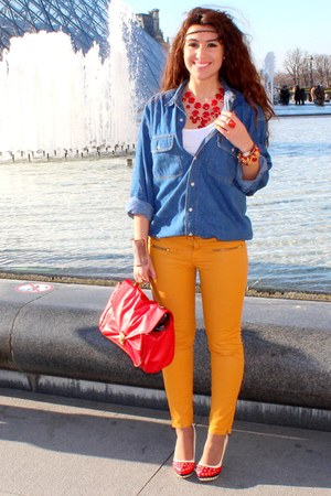 gold Zara pants - red H&amp;M bag - red heels - navy vintage blouse