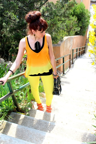 light orange H&M top - black modamart bag - orange Moow sandals