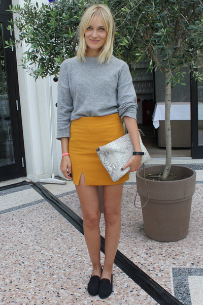 mustard acne skirt - heather gray weekday sweater - beige Zara bag
