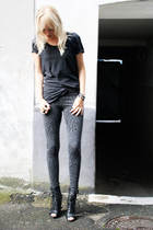 H&M leggings - whyred t-shirt - Topshop boots