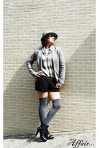 black Yukka boots - silver Flavias collection hat - heather gray luigi bertolli