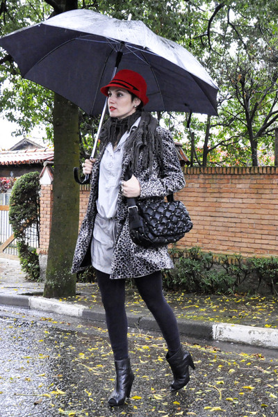 black Yukka boots - silver collins dress - heather gray animal print Renner coat