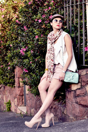 light pink leather Carina Duek shorts - ivory leather Feminix vest