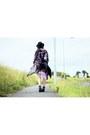 Black-boots-navy-romwecom-shorts-black-kimono-cardigan