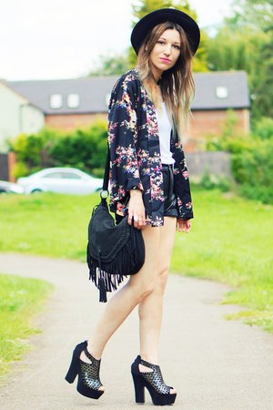 black H&M hat - black kimono  floral blazer - black heels