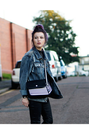 black stripes bag