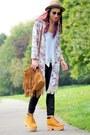 Boots-bag-sunglasses-top-cardigan