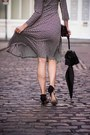 Black-mango-shoes-vintage-dress-black-zara-bag